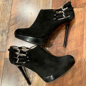 MICHAEL KORS Stilleto Platform Black Suede Booties